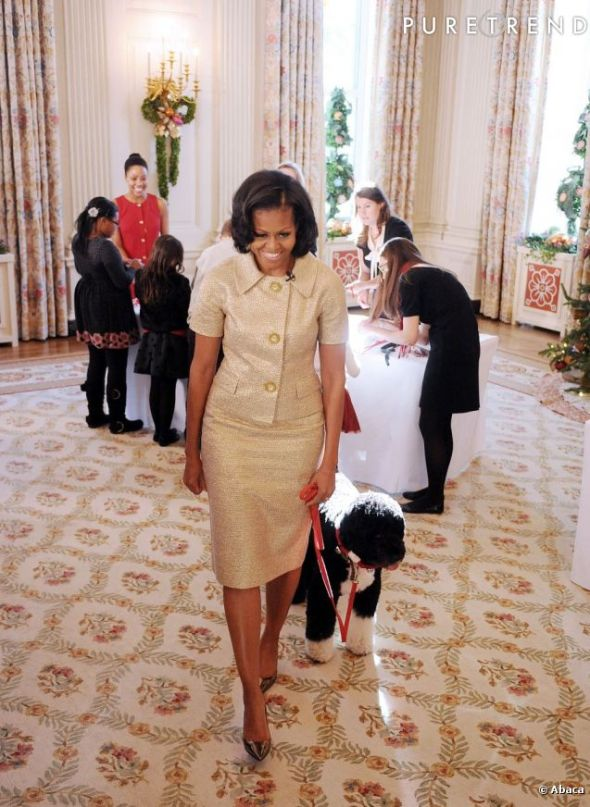 803246-michelle-obama-et-son-chien-bo-637x0-1